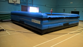 Blue AirPit with side walls